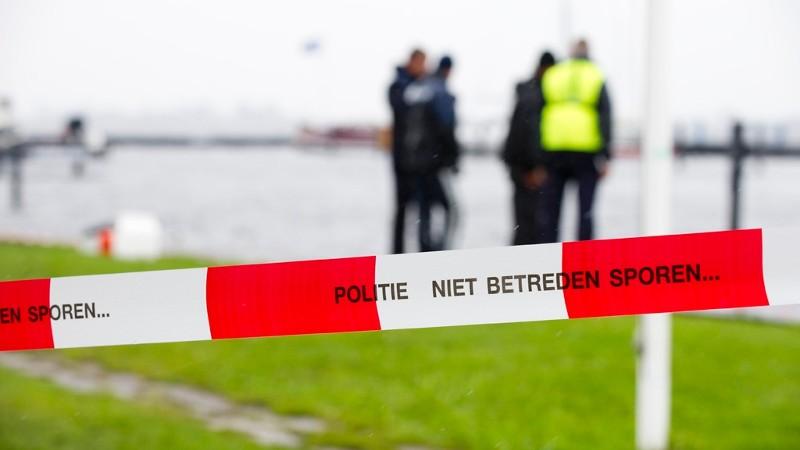 Boottocht jongeren eindigt in drama: dode bij ongeluk met sloep.