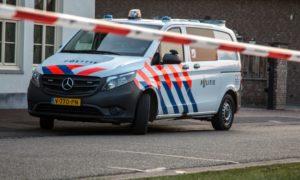politiebus met lint